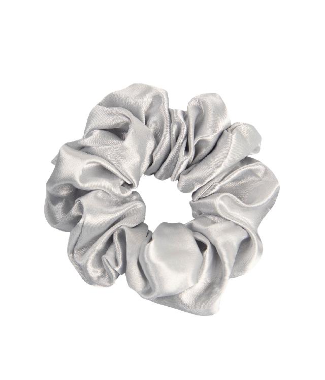 OnlyGHD satynowa scrunchie kolor srebrny